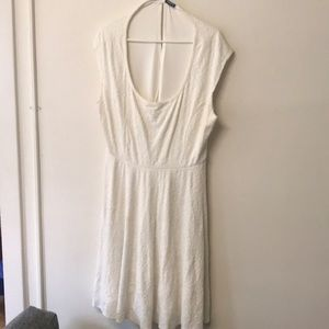 Off- White skater dress with lining - flattering